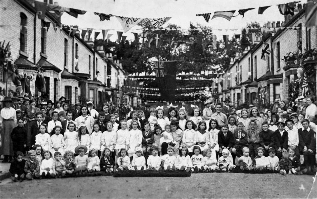 Millfield Road peace celebration, 1919